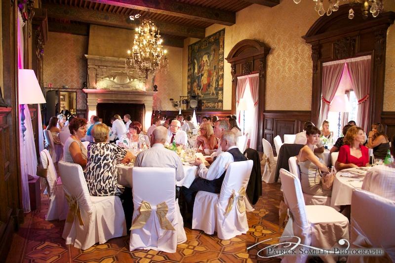 Salle du repas au château de Coudré.