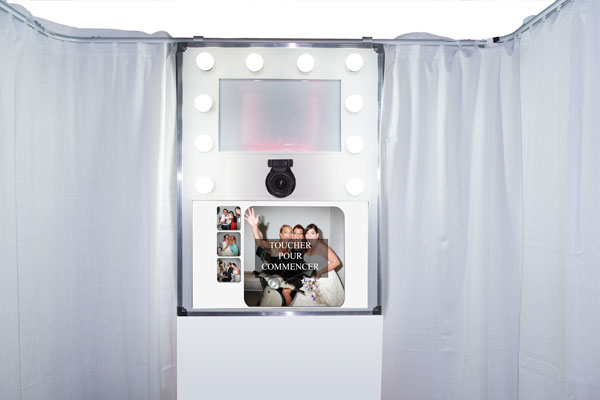 kiosque photo booth avec cabine