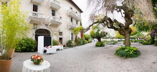 Photo Booth Abbaye de Talloires, Haute Savoie.